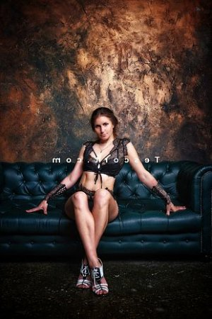 Malicka massage tantrique escort