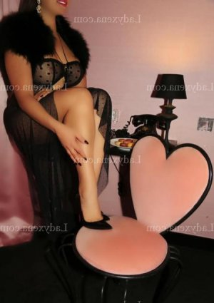 Madelon escort girl